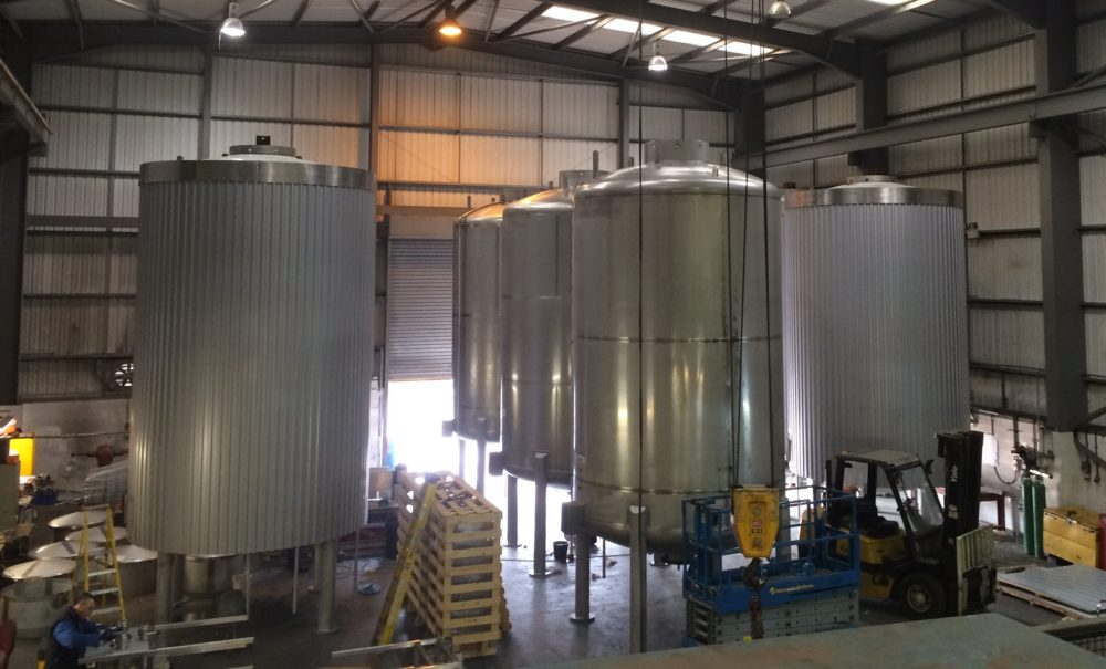 Refurbished Liquor Tanks
